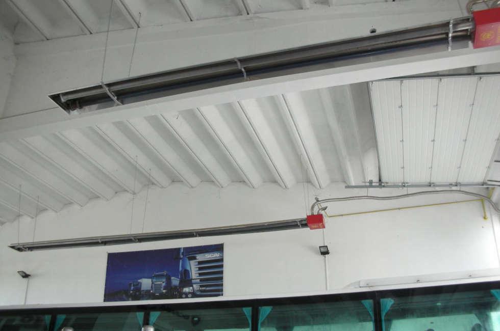Tubi radianti panrad Fraccaro installati nel capannone Scania a Lubiana